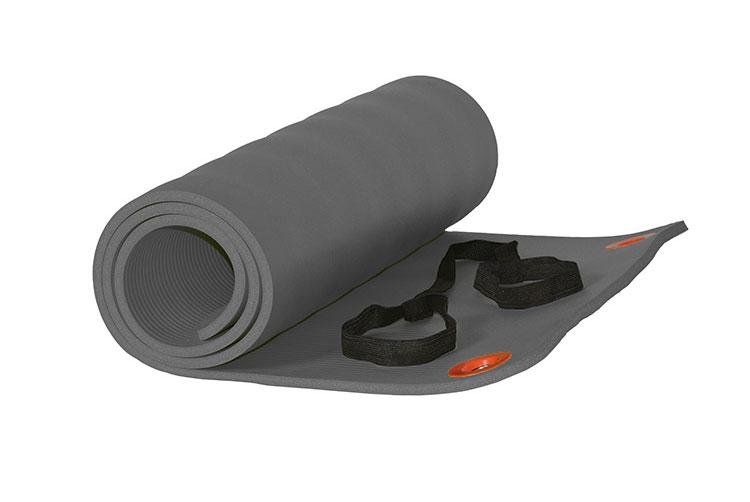 Thảm tập Yoga giúp bạn tránh được những chấn thương khi luyện tập trên sàn
